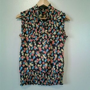 POETRY Blouse Sleeveless Detailed Neckline Floral